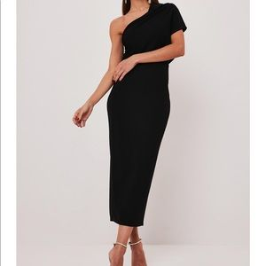 ONE SHOULDER OVERLAP MIDI DRESS